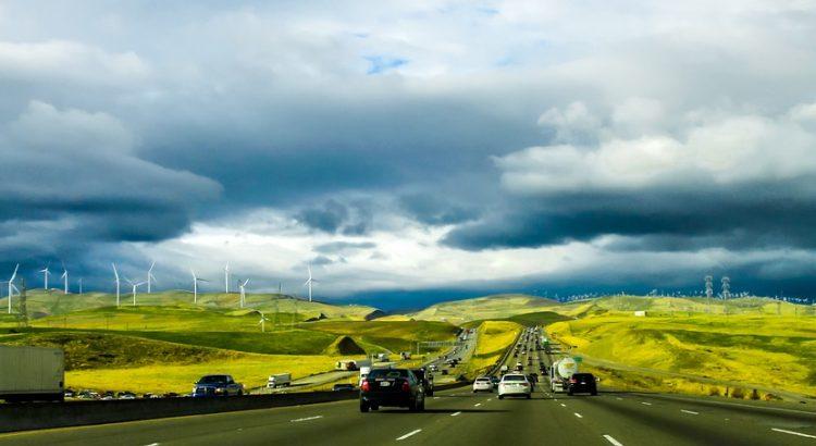 viento en carretera