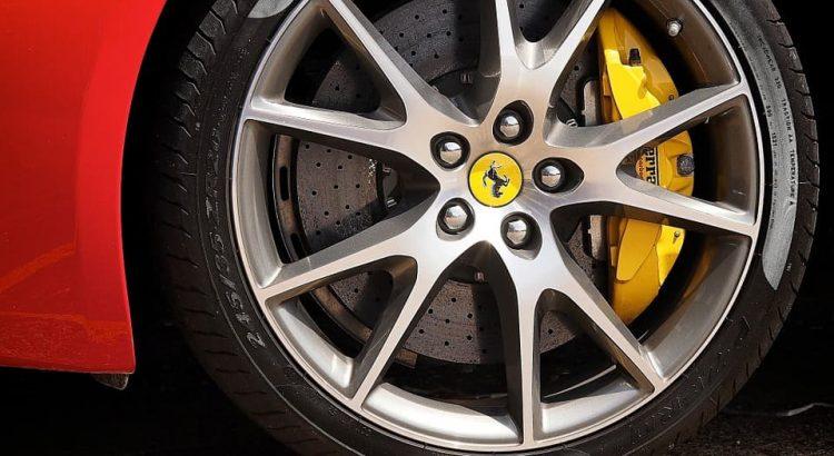 cómo limpiar las llantas del coche