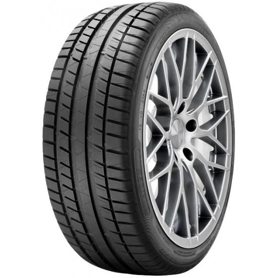 Neumático RIKEN ROAD 165/70R14 81 T